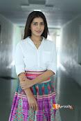 Rashi Khanna Dazziling Pics-thumbnail-4