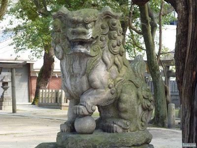 素盞烏尊神社狛犬