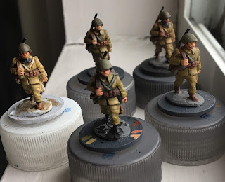 Early War Miniatures Polish 20mm figures WW2 WWII wargaming metal text figure Foundry basecoated highlight black prime