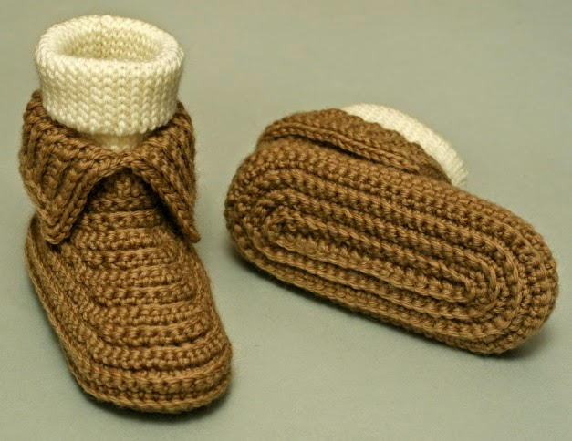 free crochet pattern soccacins