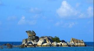 tempat wisata di Bangka Belitung pantai tanjung kelayang