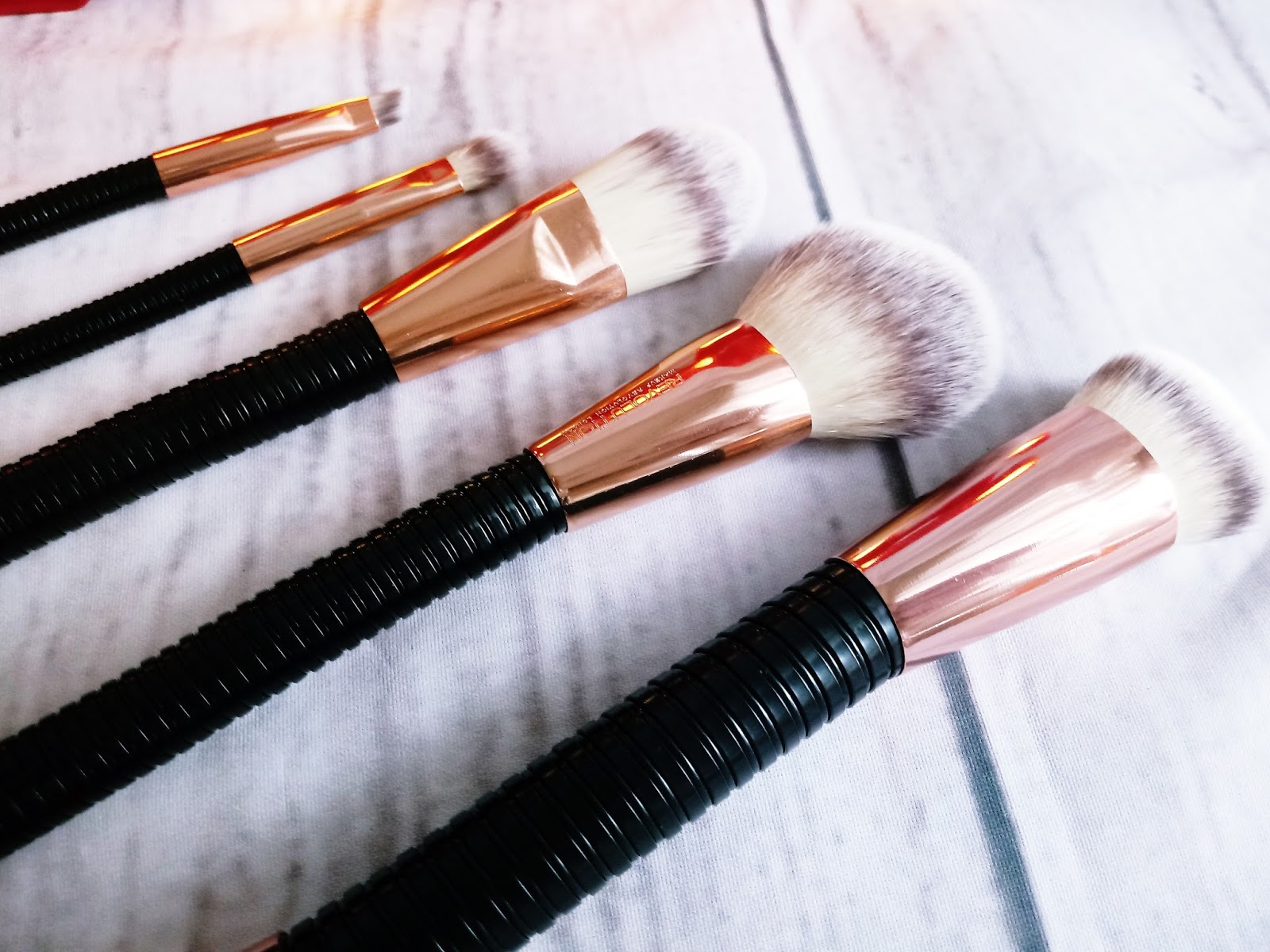 Makeup Revolution #FLEX BRUSHES