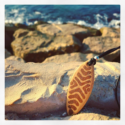 colgante tabla de surf madera artesanal