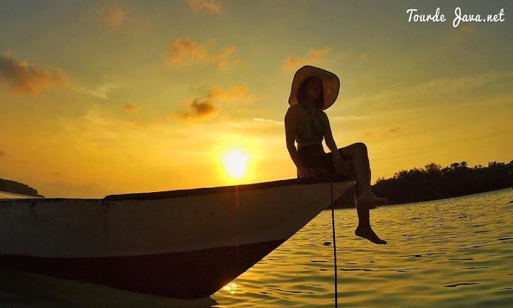 Pulau Bulat sebagai salah satu destinasi dalam paket wisata pulau harapan