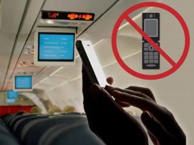 AS Pertimbangkan Larangan Menelepon Selama Penerbangan