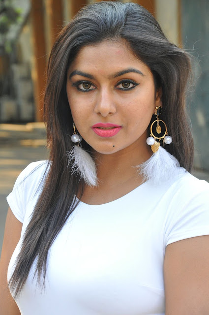 Actress Akshatha Photo Gallery