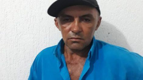 Acusado de abusar da filha é agredido ao dar entra na cadeia de Tamboril