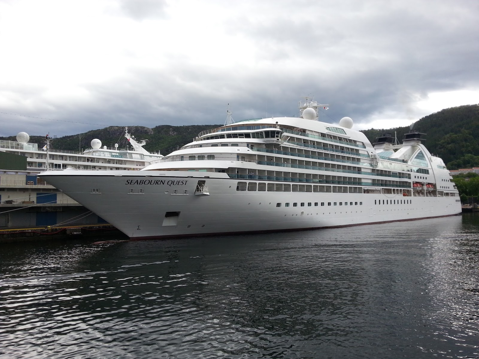 Seabourn quest for High end cruise ships