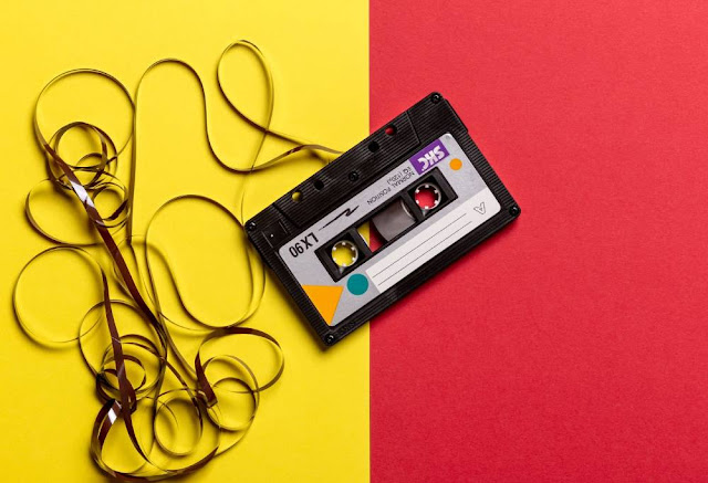 bancos de dados musicais carlos romero