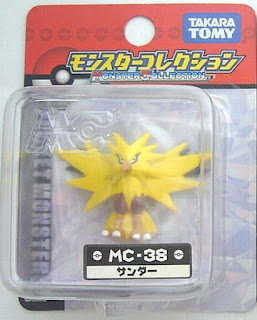 Zapdos figure in Takara Tomy Monster Collection MC series