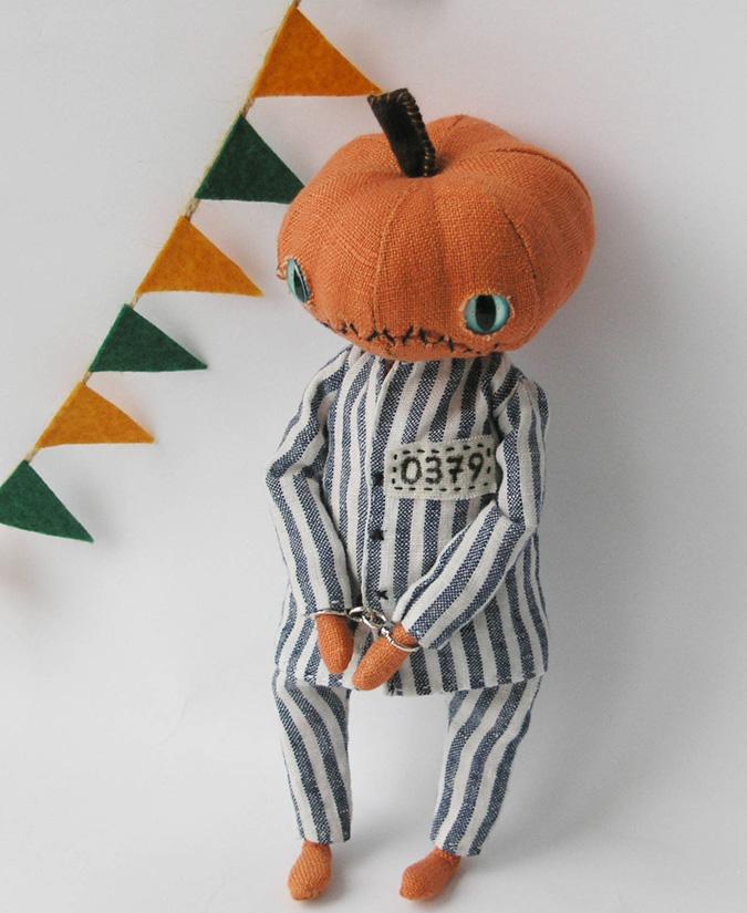 ZosiasStore pumpkin doll