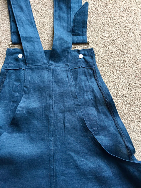 Diary of a Chain Stitcher: Pauline Alice Turia Dungarees in Teal Linen from The Fabric Store