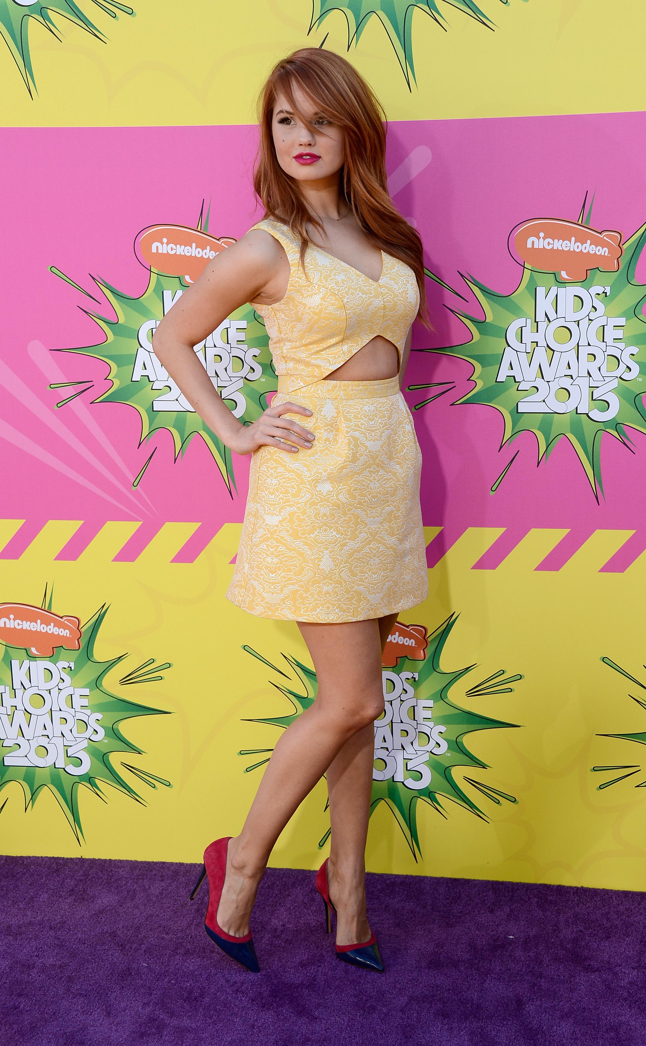 The Toe Cleavage Blog: Former Teen Stars