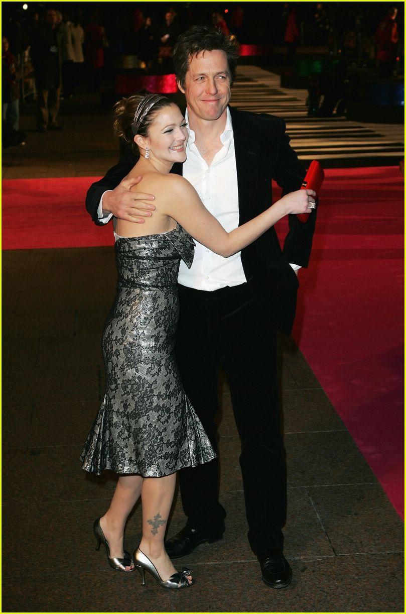 Drew Barrymore e Hugh Grant estão juntos