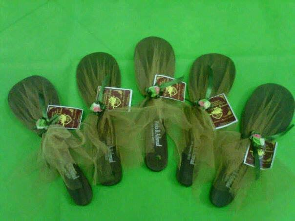 souvenir centong daun hitam, souvenir alat dapur