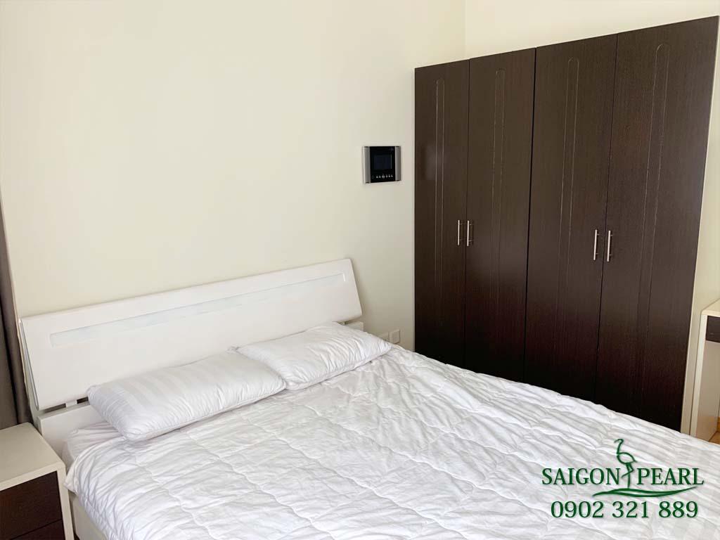 Căn hộ cho thuê 2PN Saigon Pearl Ruby 1 - phòng ngủ và tủ quần áo