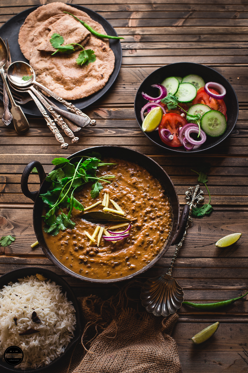 Mash Ki Daal, is a staple dish from Himacha Pradesh, India. It is prepared with black lentils, spices and mustard oil, served with roti or rice.