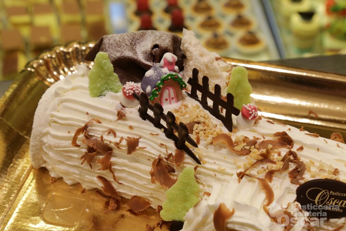 Casetta Di Natale Con Biscotti : Biscotti natale al cacao decorati con ghiaccia reale