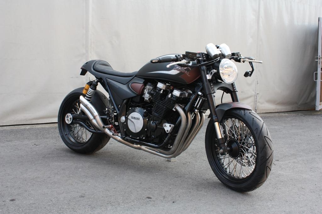 Racing Cafè: Yamaha XJR 1300 by RF-Biketech