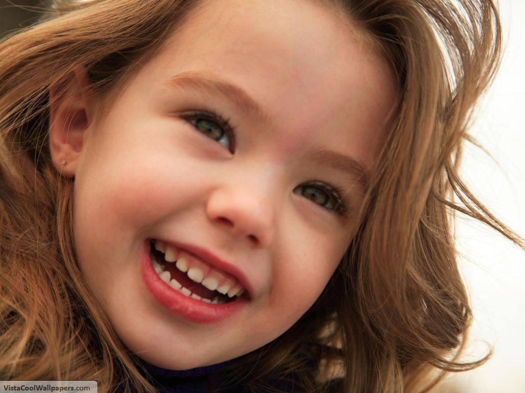Cute Baby Girl Smiling HD Wallpaper