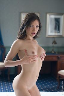可爱的女孩 - Sexy Naked Girl Sasha Rose - 3