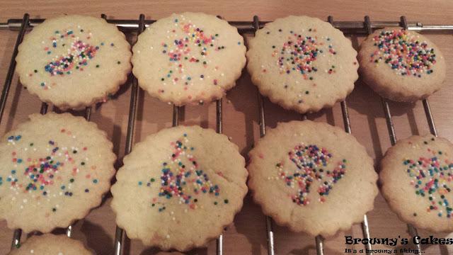 Boter koekjes - Kuki di manteka