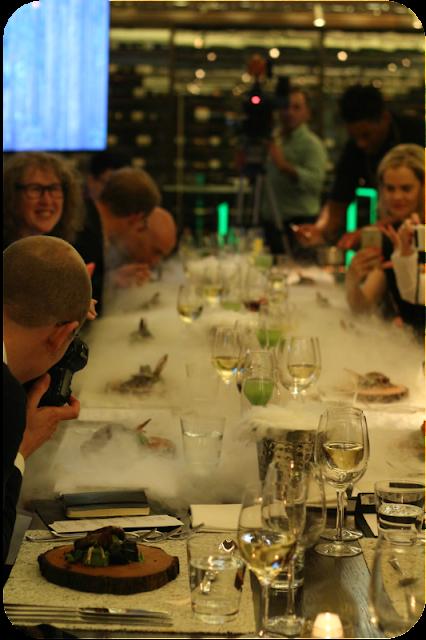 Tisch unter Volldampf! #tasteology, London | Arthurs Tochter Kocht von Astrid Paul