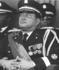Muere el ex-presidente haitiano Henri Namphy