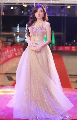 Hot Girl Midu - A glamour beauty in wedding dresses