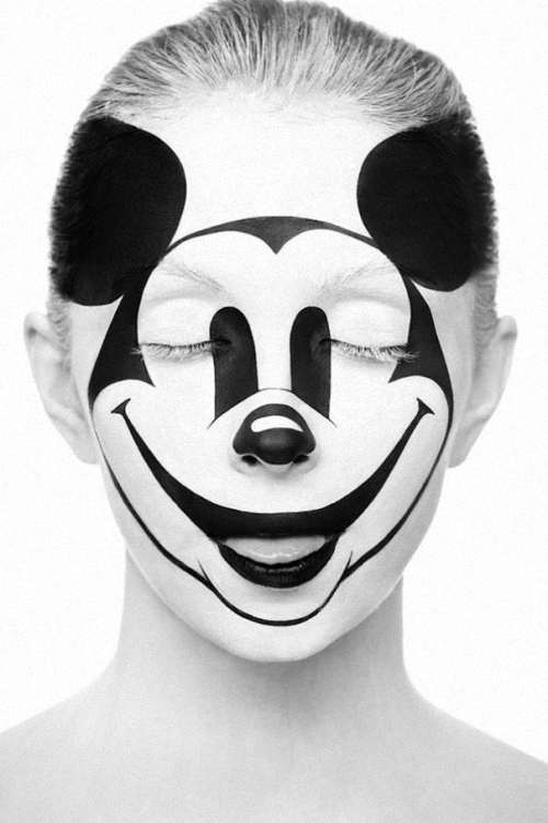 11-Alexander-Khokhlov-Black-&-White-Face-Painting-Photography