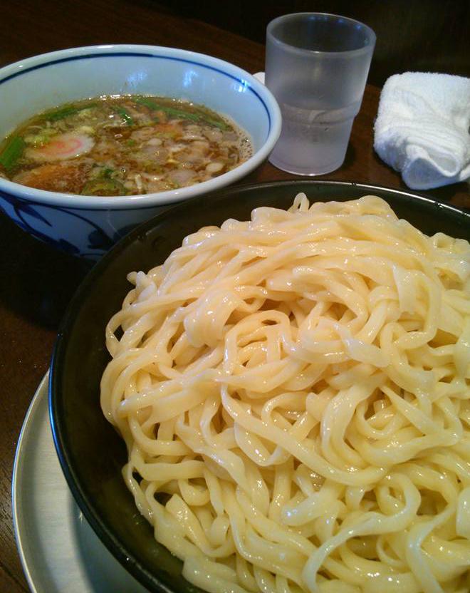 麺や我駆の煮干しつけ麺大盛り(800円)