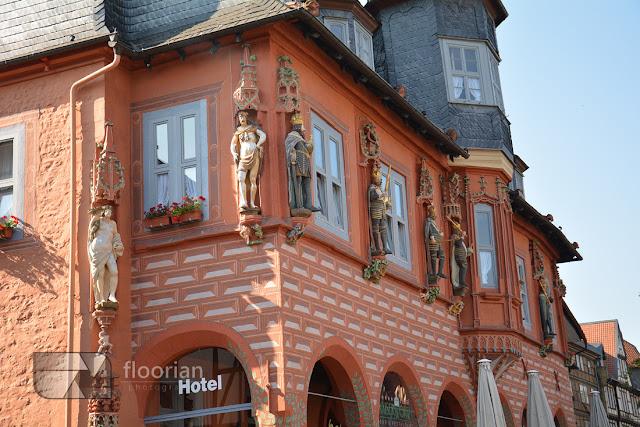 Rynek w Goslar w Dolnej Saksonii.