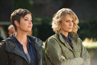 "Kim Rhodes as Jody Mills and Samantha Smith as Mary Winchester in Supernatural 12x06 ""Celebrating the Life of Asa Fox"""