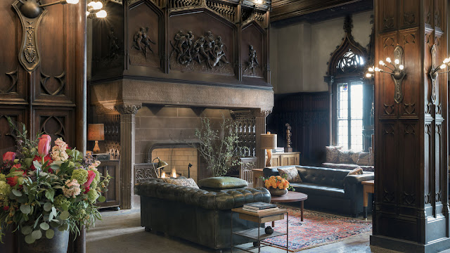 Chicago Athletic Association Hotel has transformed 12 S Michigan Ave into an ornate hotel in the heart of downtown Chicago near Millennium Park.