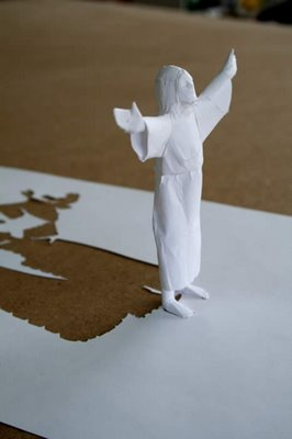 اروع المنحوتات الفن الورقي لن تراة الاة في الجيم فلاش