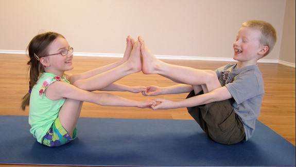 How To Choose Yoga Poses For Two Kids