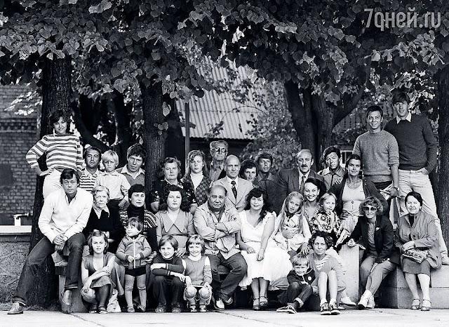 """Середина 1980-х годов. """"Ленком"""" на гастролях в Юрмале."""