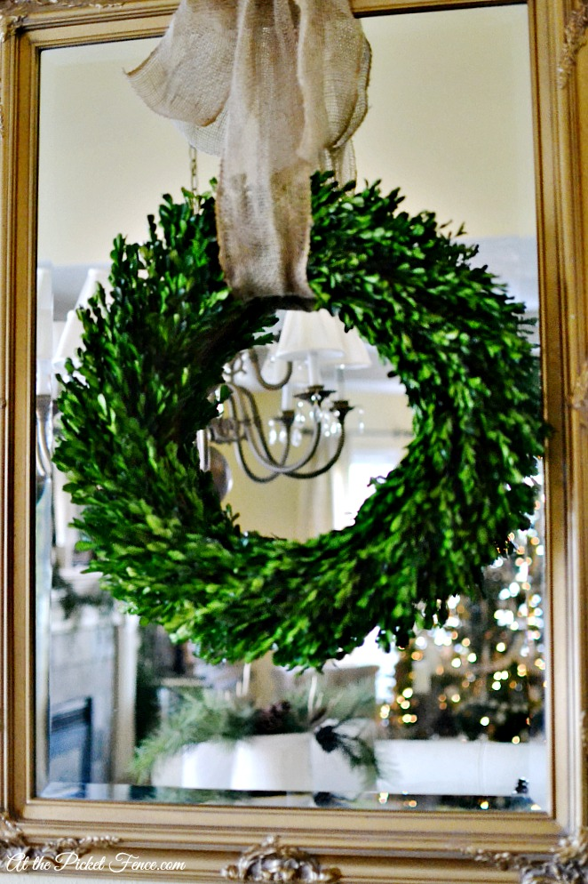 Fox & Fig- Blog: Decorating with Boxwood Wreaths