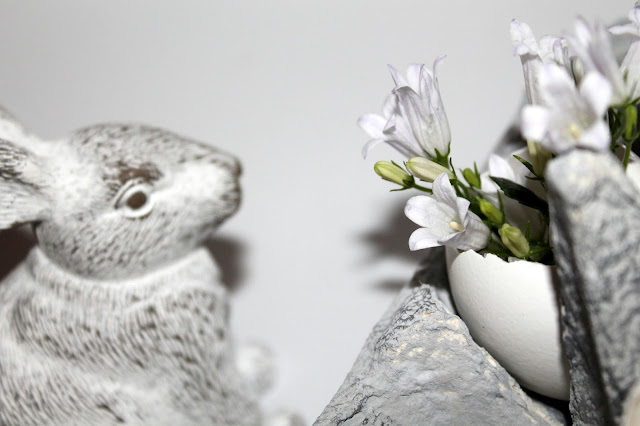 DIY, Basteln: Kerzeneier in Betonoptik Karton als Osterdekoration, Dekoration - DIYCarinchen