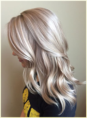 Platinum and ash blond Two Tone Hair - Two Tone Hair Color Ideas For Long Hair