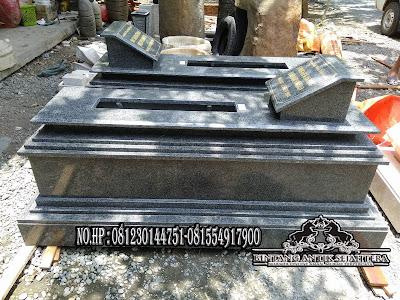 Makam Marmer, Makam Granit Tulungagung