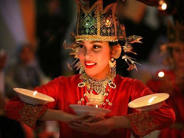 Tari Lilin Tarian Tradisional Dari Sumatera Barat Lengkap