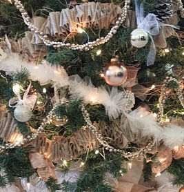 Do it yourself divas diy burlap garland and tulle garland diy burlap garland and tulle garland solutioingenieria Gallery