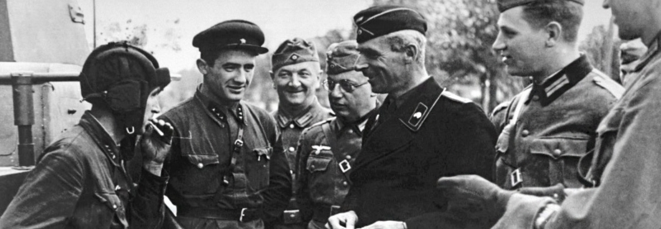Другу світову розв'язали Німеччина та СРСР