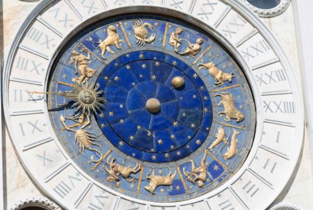 Kalendari i horoskopit