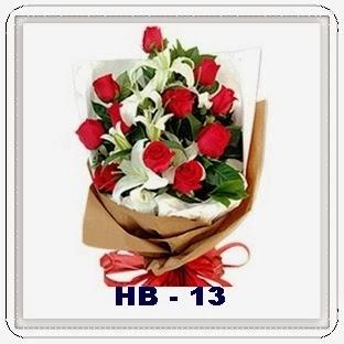 Bunga Lily dengan Mawar