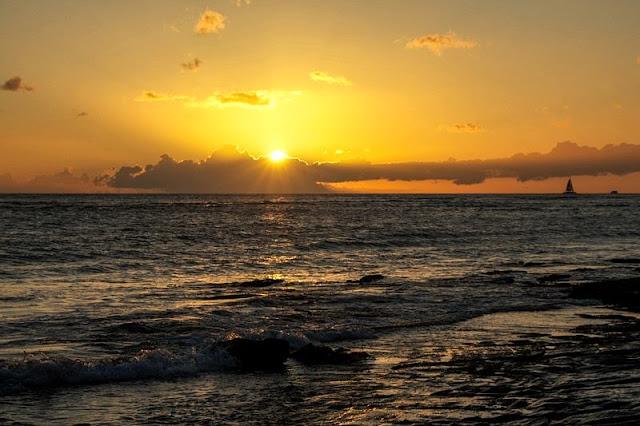 beautiful golden sunset at Hawaii Beach