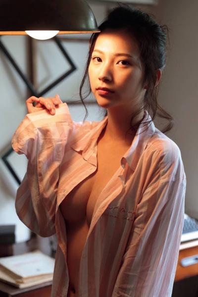 Miho Machiyama 街山みほ, FRIDAY 2019.08.16 (フライデー 2019年8月16日号)