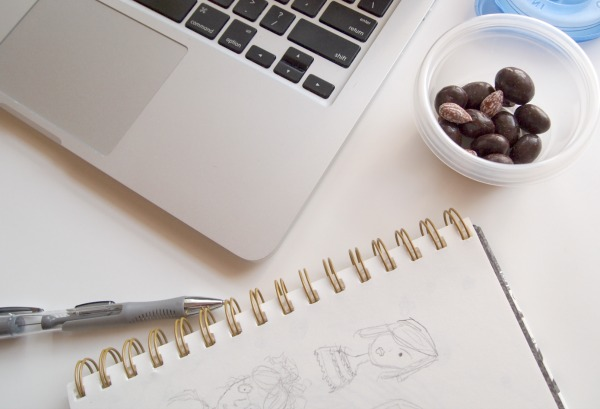 Sitting at the computer or sketching, Dove chocolates is a delicious snack. #ad #LoveDoveFruits