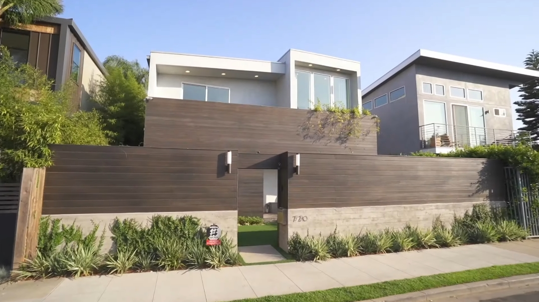 41 Interior Design Photos vs. 720 Indiana Ave, Venice, CA Luxury Home Tour